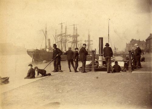 sunderlandships_in_docks_etc.23.4.1890