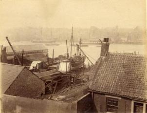 Tugs being made (Tyne?) 1890